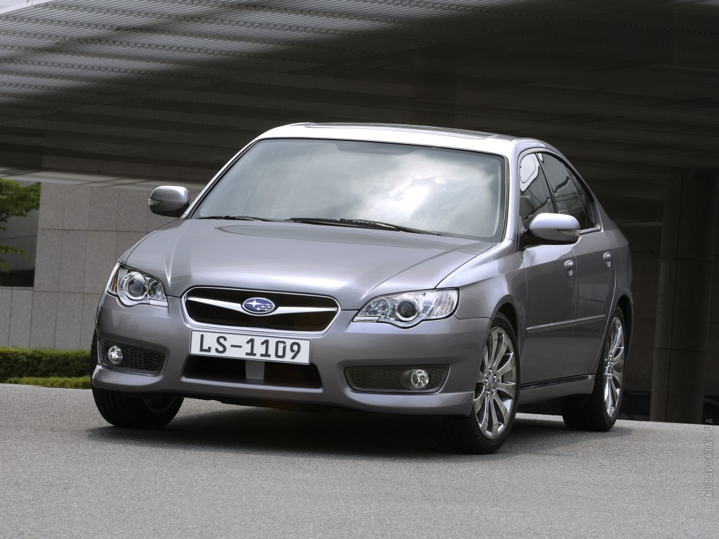 All pictures of Subaru Legacy Че…